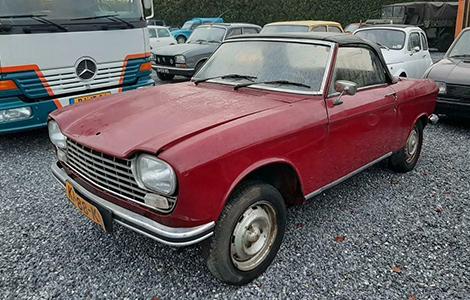 Peugeot 204 cabriolet 1969 • KP-88-KD
